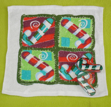 Christmas Compressed Towel with Cratch Design (YT-680)
